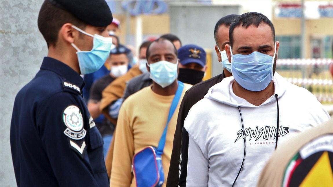 سرگردانی کارگران مهاجر ناقل کرونا در کشورهای عربی، تهدید و پول کارساز نیست!