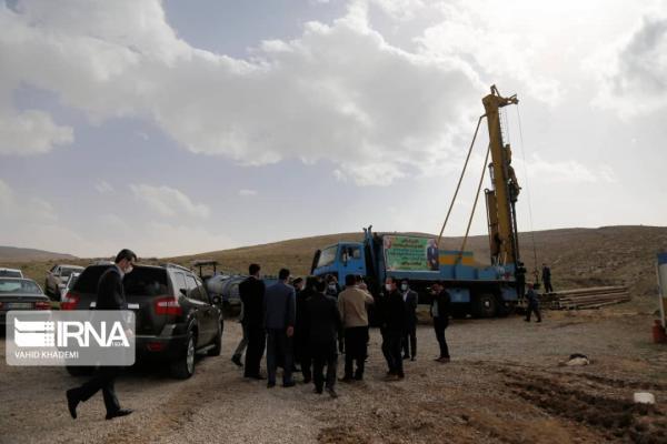خبرنگاران استاندار : آبرسانی به شهرک گلیان شیروان اردیبهشت ماه به اتمام می رسد